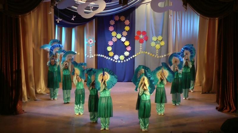 Праздничный концерт к 8 марта _ Задоринка - Китайский танец - Бабочки _ рук-ль Ксения Старцева