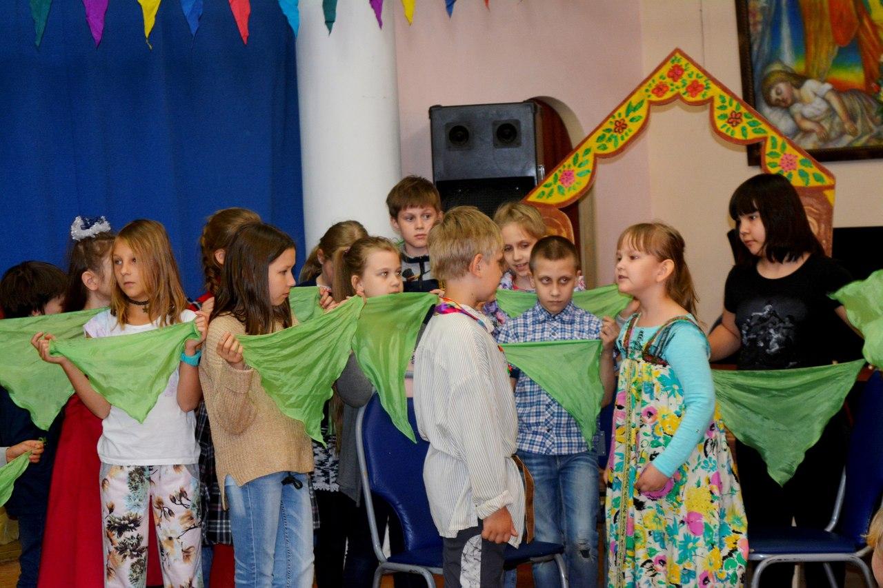 клуб Сфера - спектакли для детей - летний досуг школьников