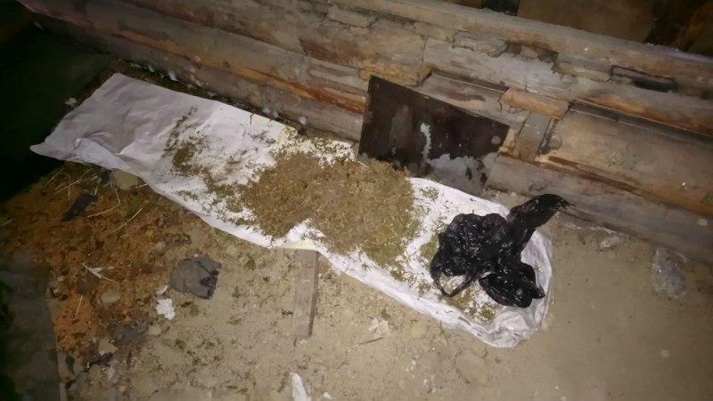 Асиновские полицейские задержали подозреваемого в незаконном хранении наркотических средств