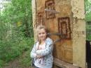 Метает ножи моя маленькая ученица Катя Ванина (дистанция 3 метра)