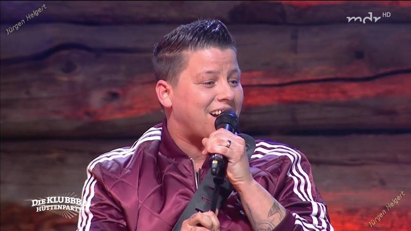 Kerstin Ott Die immer lacht Lebe laut Die Klubbb3–Hüttenparty 2018