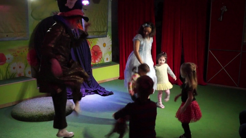 Танцульки после интерактива Алиса в стране чудес с театре Таврик на Фурштадской