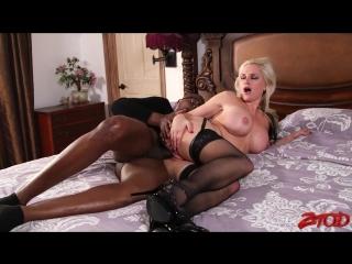 Alena Croft [Big tits, Big ass, Milf, Mom, Blonde, Black&White