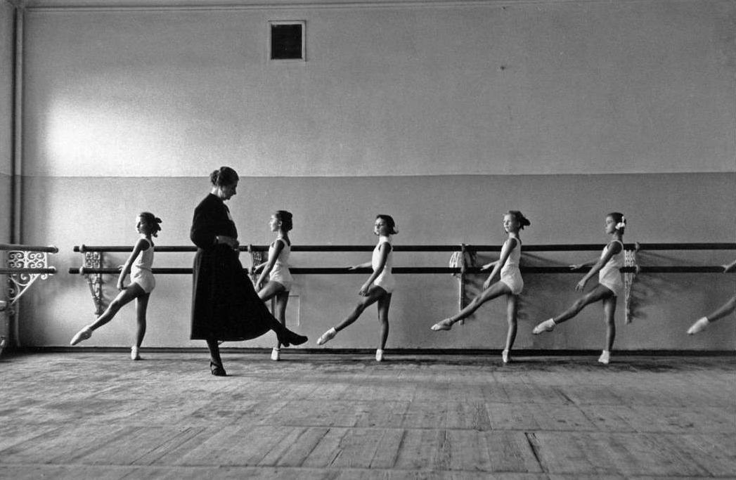Балетная школа Большого театра, 1958 год.  Фотограф: Cornell Capa.