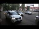 Авария с такси собрала пробку на Молочке