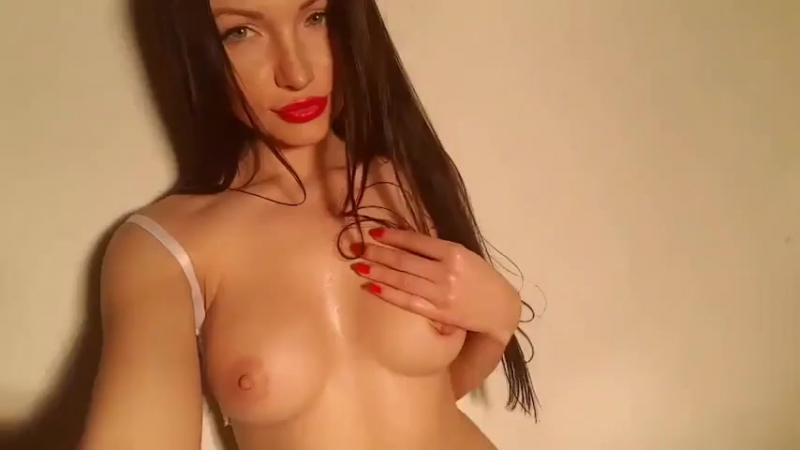 WowGirls Сашка засветила грудь, русское домашнее порно, порно кастинг