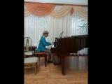 Катюша за роялем,