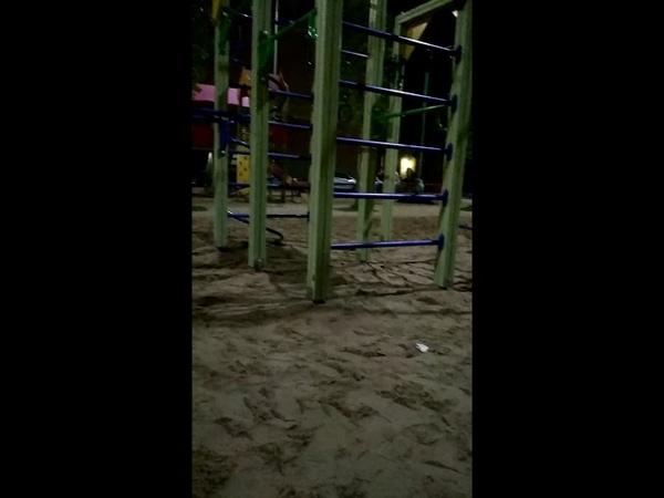 Бухают на детской площадке в Кошелеве 21 августа. Калуга.