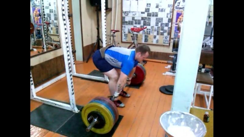 Тяга становая 200 кг на 8 повторений