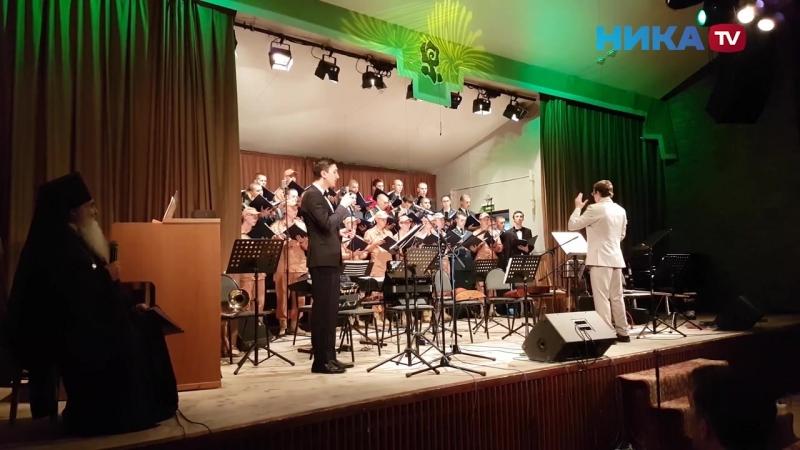Ансамбль инженерных войск России выступает в Доме музыки