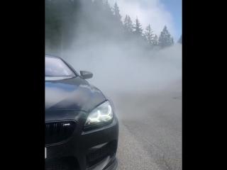 BMW M6 F13 Наваливает!