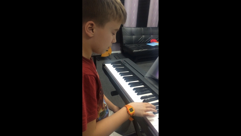 Миша пианист-юморист