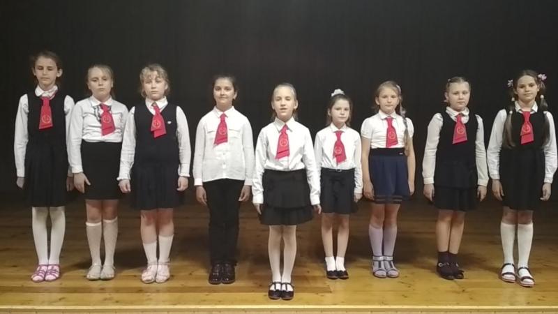 У нас сотни друзей стихотворение из книги Страна дружбы и добра, Ковалец Дарья 3 А класс, ГУО Средняя школа №14 г. Пинска