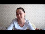 Девочка имитирует акценты чеченский, армянский, балкарский, русский.