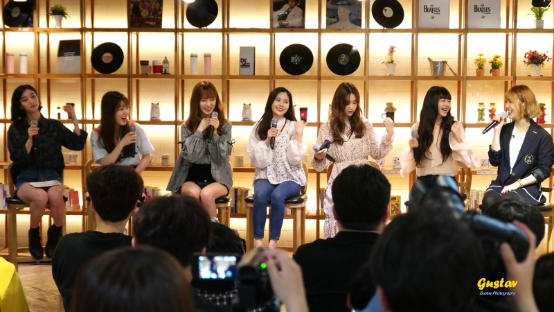 · Fancam · 180519 · OH MY GIRL · Lotte Home Shopping Pop-up Date ·