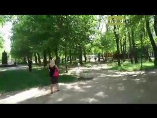 Страус сбежал из вольера в парке Революции - 17.05.18 - Это Ростов-на-Дону!