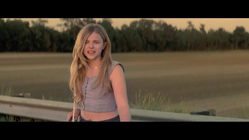 Провинциалка . Hick (2011) Трейлер [720p]