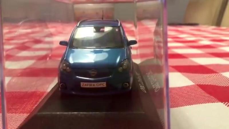 MINICHAMPS Opel Zafira B OPC