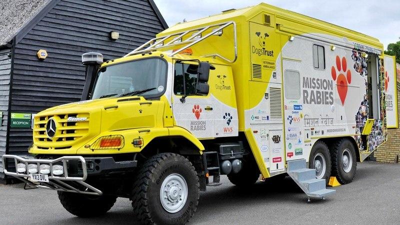 Mercedes Benz Zetros 2733 A Veterinary Ambulance UK spec 2008
