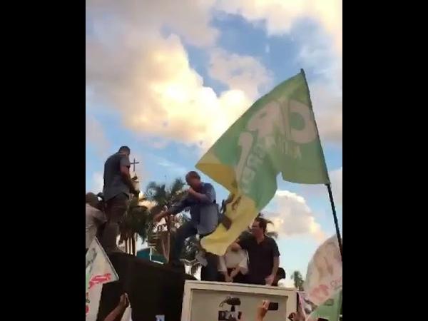 Ciro Gomes chama Jair Bolsonaro de Nazista fdp