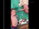 Все жалели несчастную маму Но когда она опубликовала это видео мир рыдал от восторга Невероятно