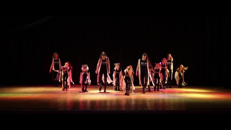 Я танцую Форсаж Фристайл ММДэнс Хореограф Курмашева Анастасия Наильевна Отчетный концерт Новогодний переполох 30 12 2
