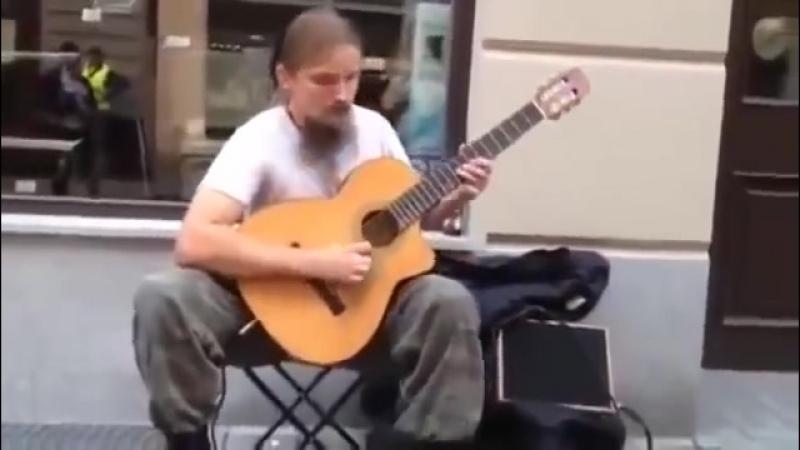 Mariusz Goli - Guitar busking in Katowice