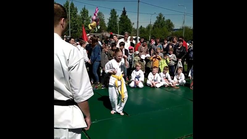 Показательные выступления в день победы кекушин каратэ 9мая дети спорт