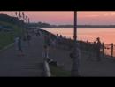 Уличный музыкант на набережной в Рыбинске