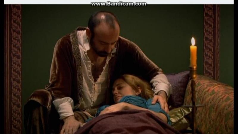 Великолепный век Сулейман приходит к больной Хюррем в гарем