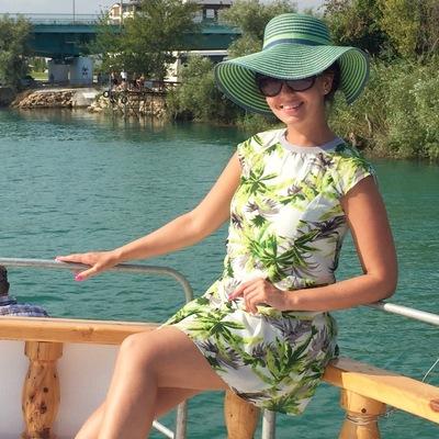 Алина Бугаренко