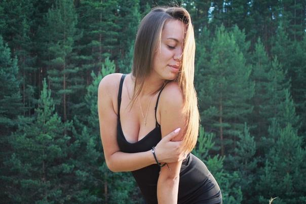 Голая девушка из тамбова, девушка с грудью большой порно