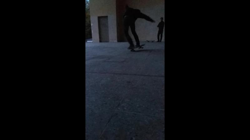 Ramses on skate - double heelflip toe drag 06.10.2018