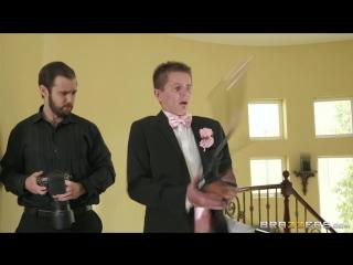 Bisexual bride abigail mac & felicity feline hot and mean