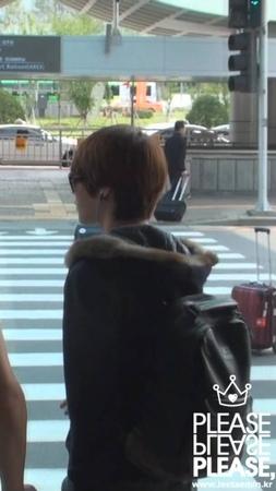 121005/1009 김포공항 입국 taemin (please, do not re-edit)