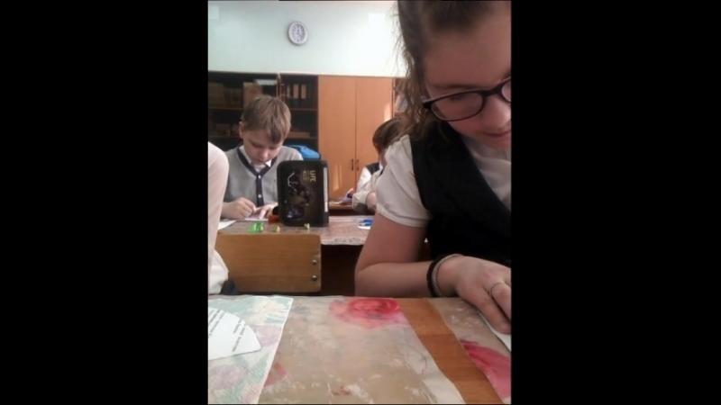 снимаю на уроке :технологии.....запалила учительница 😣😣😣