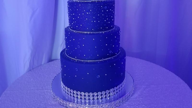 Pastel Azul Marino para Quinceañera