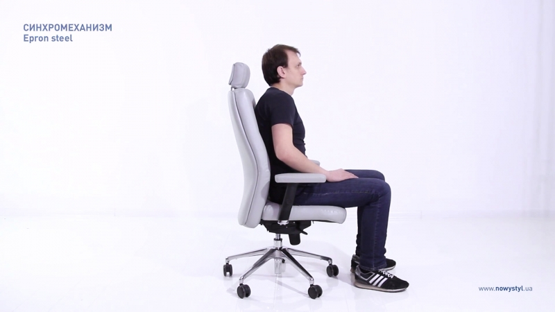 Обзор кресла для руководителя Chester (Nowy Styl)