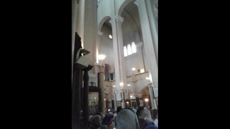 Тбилиси,Троицкая церковь,воскресная служба июль .2018