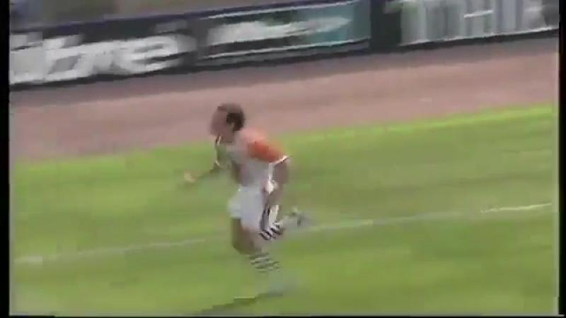 Паоло Ди Канио (Шеффилд Уэнсдей) - мяч в ворота Эвертона, 1998 год