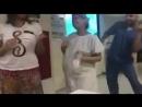 Танцы перед родами Бразильский акушер 3