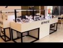 Торговый остров для продажи косметики и бьюти-бар Pease в ТРК Радуга
