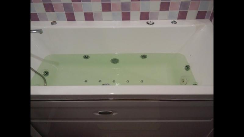 Ванна с гидро-аэромассажем и сенсорным управлением