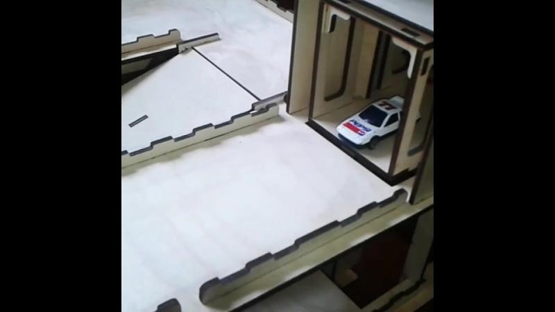 Крутяцкий паркинг с лифтом