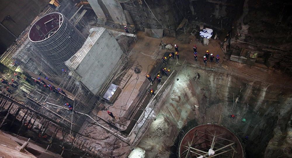 На Рогунской ГЭС установили первый гидрогенератор