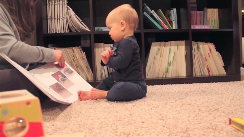 14-month-old Zeke Can Read!