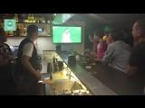 Репортаж из киевского бара: корреспондент ФАН посмотрел матч Россия — Испания в компании украинцев