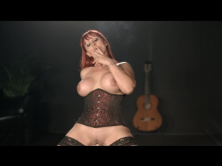 Amber Leigh Smoking and Riding a Sybian