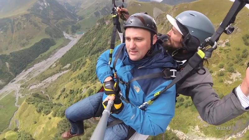 -023121 13 gudauri paragliding полет гудаури skyatlantida com გუდაურში პარაშუტები პარაპლანით gudaurip (online-video-cutter.com)