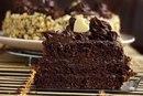 Шоколадный торт с кремом на сгущенке